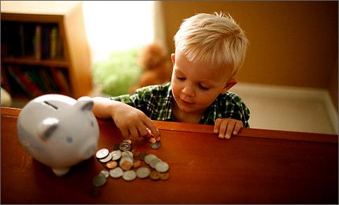 Почему ребенок не ценит деньги?
