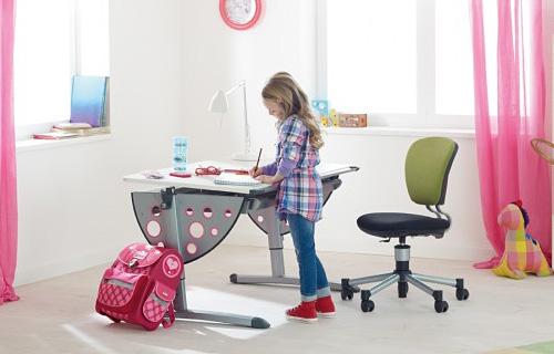 Воспитываем коммуникабельного ребёнка с помощью детской мебели