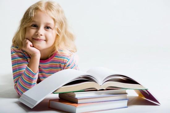 Как правильно играть с детьми на уроках?