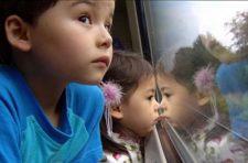 Как сделать поездку на поезде интересной для ребенка