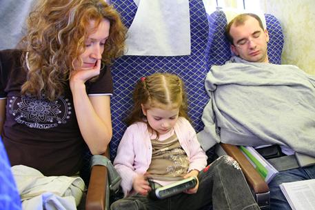 Перелет с ребенком. Возможные проблемы и способы их решения