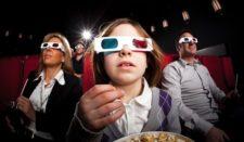 ребенок в кинотеатре, ребенок в 3D очках