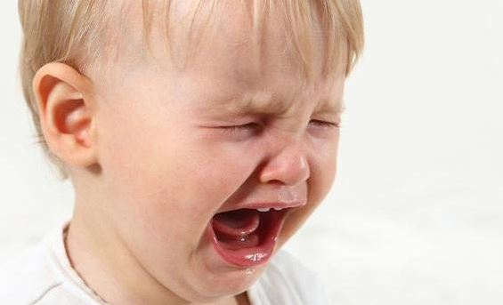 Как справляться с детскими капризами