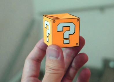 Кубик с вопросительными знаками