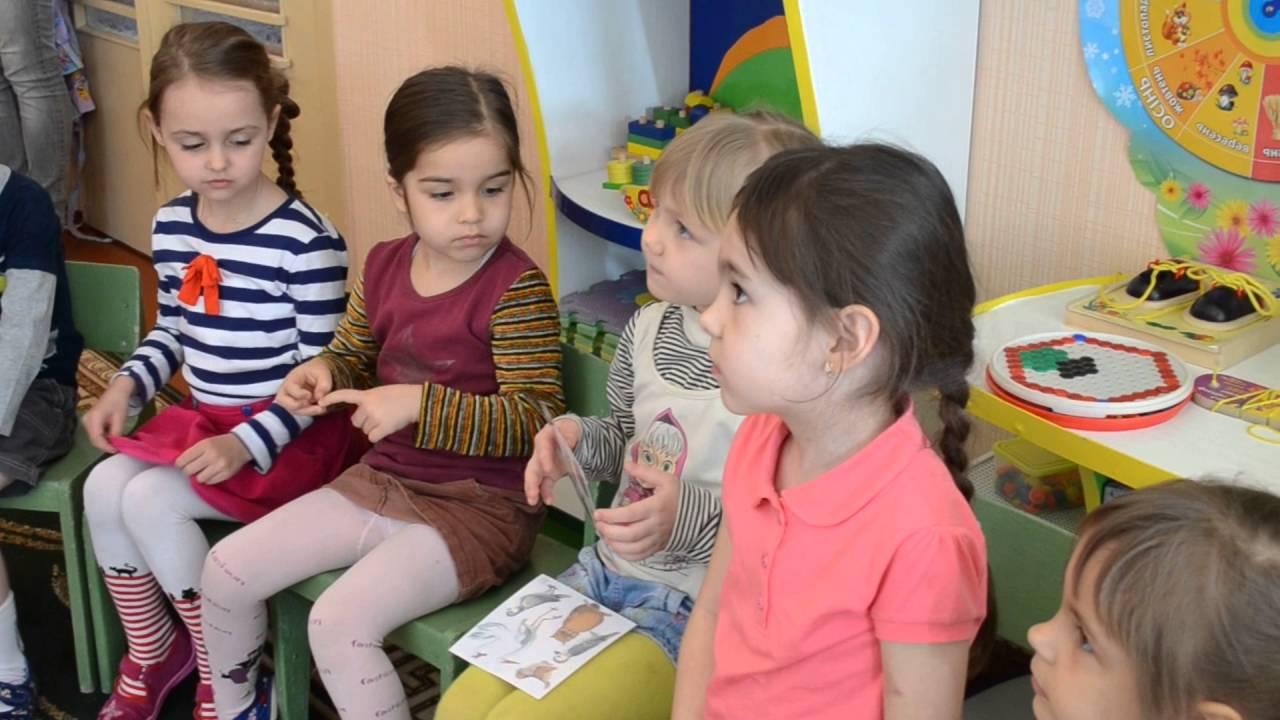 Строим работу по развитию речи в средней группе детского сада, опираясь на требования ФГОС